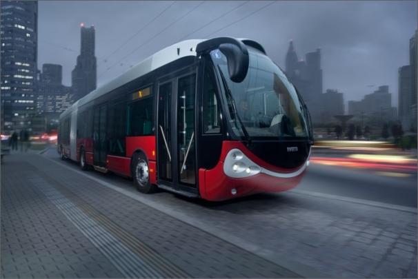 Novinka pro Bolognu je osmnáctimetrový kloubový trolejbus na bázi karosérie Iveco Crealis Neo