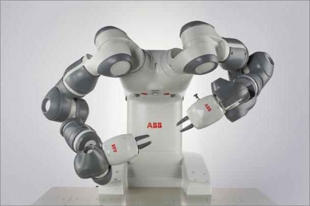 Robot YuMi je klíčovým prvkem ABB v oblasti Internetu věcí, služeb a lidí