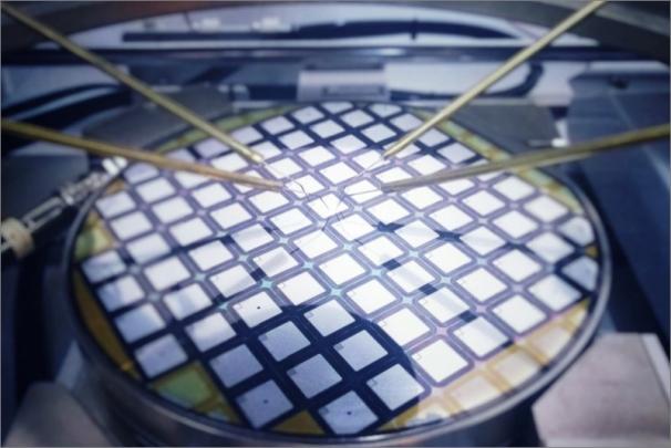 Karbidová elektronika zvýší účinnost přenosu elektrické energie