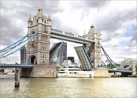 Londýnský Tower Bridge spolehlivě slouží i po 130 letech