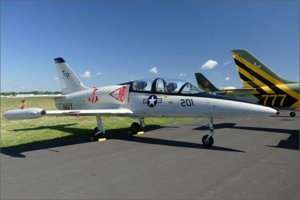 EAA Oshkosh AirVenture je největším každoročním sletem leteckých nadšenců ve Spojených státech