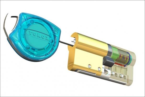 Řez mechatronickou vložkou ePRO