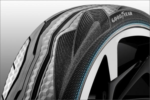 Goodyear CityCube nabízí pro studii inovativního vozidla Toyota senzory v pneumatikách a různé provedení předních a zadních pneumatik