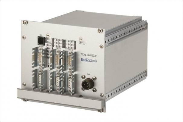 TCN gateway je zařízení zajišťující interoperabilitu elektronických systémů mezi kolejovými vozidly různých výrobců