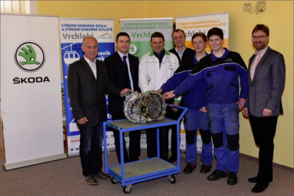 ŠKODA AUTO buduje spolupráci se Střední odbornou školou a učilištěm ve Vrchlabí