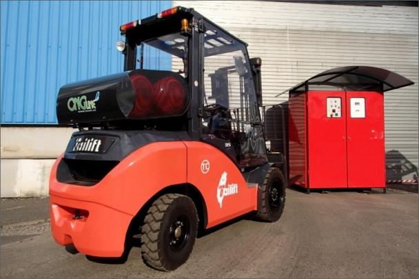 Na provozu CNG vysokozdvižných vozíků firmy ročně uspoří až 80 tisíc korun