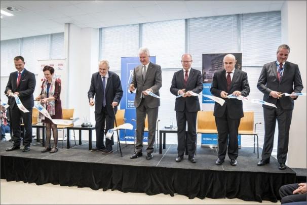 ČVUT v Praze otevřelo budovu kybernetického centra za 1,4 miliardy