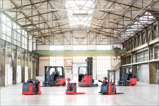 Linde MH dále doplňuje řadu lithium-iontových modelů vozíků