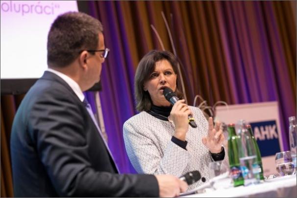 """Bavorská ministryně hospodářství Ilse Aigner v Praze: """"Evropa potřebuje digitalizaci a digitální hospodářství potřebuje Evropu"""""""