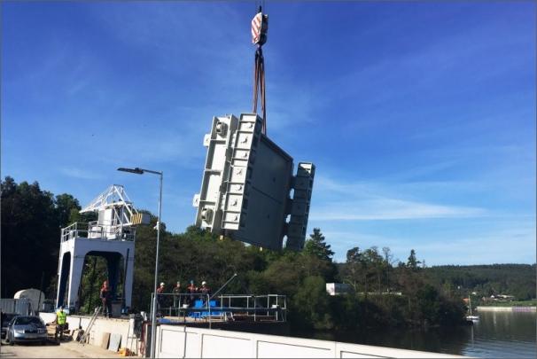 Instalace nového rychlouzávěru a navazující opravy zvýší bezpečnost výroby elektřiny na brněnské přehradě a prodlouží životnost elektrárny