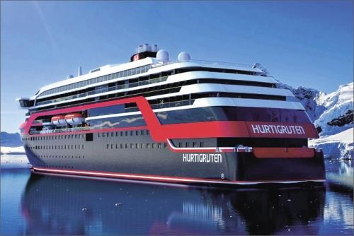 Norské fjordy brzo obslouží hybridní trajekty Hurtigruten