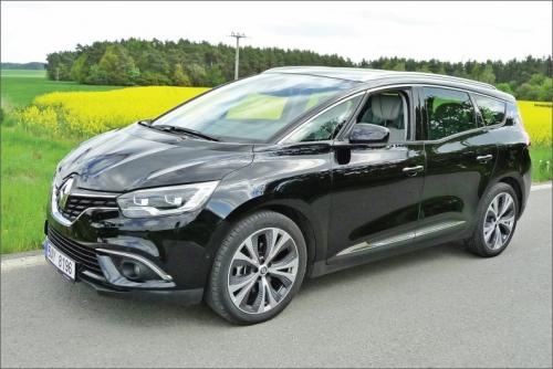 Čtvrtá generace Renaultu Scénic přinesla do tohoto segmentu svěží vítr v podobě atraktivního vnějšího designu