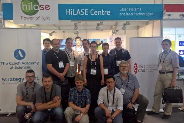 Symbolické zázemí pro účastníky workshopu poskytla společnost HiLASE jakožto jeden z vystavovatelů