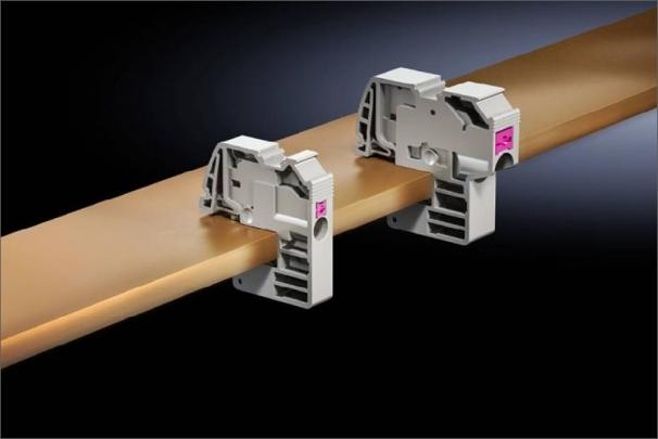 S novou generací svorek nabízí společnost Rittal push-in technologii, čímž se minimalizuje čas údržby a instalace vodičů na přípojnici je rychlejší a bezpečnější.