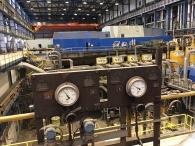 Účastníky exkurzí vždy zaujmou úchvatné industriální interiéry elektrárny