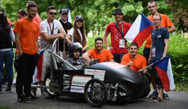 Část členů úspěšného týmu na závodech v Maďarsku v r. 2017