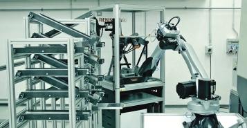 Reálná výrobní buňka 4.0 pro malé a střední podniky, vyrobená v laboratořích společnosti Intemac a ve spolupráci s partnery, je umístěna v prostorách Tajmac-ZPS ve Zlíně. Jejím účelem je demonstrace základních principů a ověření dílčích řešení na bázi digitálních technologií (konceptu Průmysl 4.0)