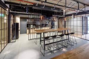 Kancelářské prostory se již stavěly s ohledem na technologie