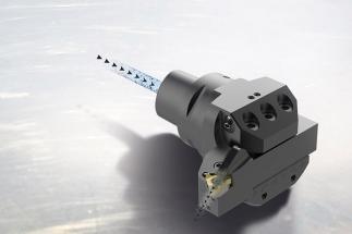 Systém zajišťuje účinné chlazení a správný odvod třísky z místa řezu