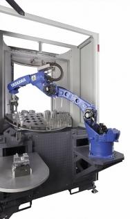 Štíhlý design nových robotů Yaskawa umožňuje jejich využití v omezených prostorových podmínkách