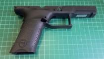 Obrázek 3: Rám pistole