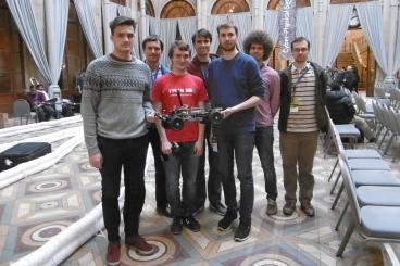 Tým odborníků a studentů z ČVUT zvítězil v mezinárodní soutěži autonomních aut