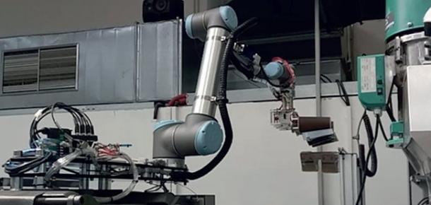 Trendy směřují k uplatnění strojního učení v řídících systémech kolaborativních robotů,