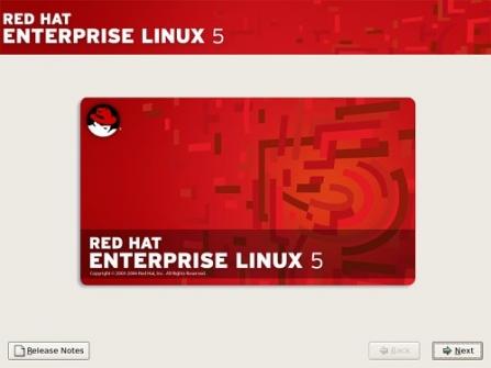 Red Hat Enterprise Linux 7.5 přináší do hybridních prostředí konzistenci, zabezpečení na míru, spolupráci se systémy Windows a snižuje náklady spojené s ukládáním dat