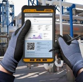 Průmyslový tablet Tab-Ex 02 pro mobilní pracovníky