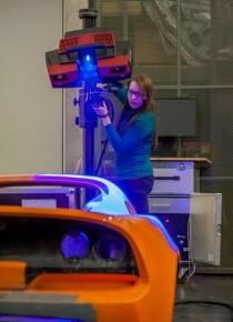 Obsahem spolupráce MCAE Systems bylo 3D měření zadního přítlačného křídla a spojleru vozu Lotus Evora 400.