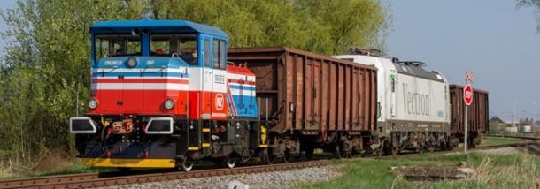 Lokomotiva EffiShunter 300 je nejmenší lokomotivou z portfolia CZ LOKO