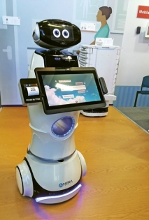 Robotický informátor pro nemocnice