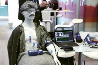 Někteří vystavovatelé na veletrhu předvedli své projekty v demoprezentacích a simulacích, aby je přiblížili jednotlivým zájemcům