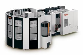 Obráběcí centrum HCN-5000 vybavené vysokokapacitním automatizačním systémem MPP500 navrženým speciálně pro bezobslužný noční provoz.