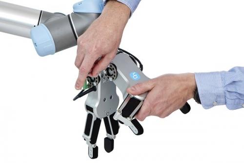 Společnost On Robot vyrábí elektrické plug-and-play uchopovače