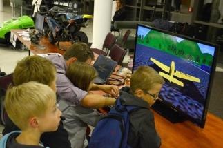 Děti si budou moci vyzkoušet letecký simulátor