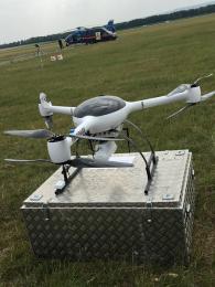 Dron s označením BRUS