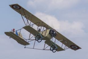 Replika historického letounu Caudron G.3 má cestovní rychlost 90 km/h