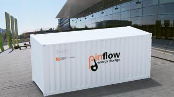 Vizualizace baterie o výkonu 50 kW a kapacitě 250 kWh v klasickém dopravním kontejneru