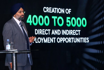 "Gurpratap Boparai, Managing Director ŠKODA AUTO India Private Ltd, na tiskové konferenci k projektu ""INDIA 2.0"" v Dillí"