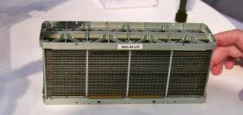 Základní modul palivového článku firmy Intelligent Energy se jmenovitým výkonem 650 W