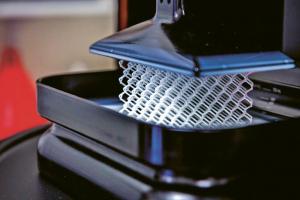 Metodou CLIP lze tisknout jemné díly s přesností, kterou si nezadají oproti jiným metodám 3D, ale navíc daleko rychleji