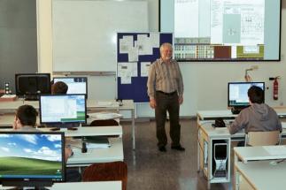 HIT se stal ve Schwandorfu standardem a efektivní vyučovacím nástrojem pro studenty v oboru zpracování kovů