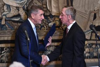 Premiér Babiš udělil Cenu předsedy Rady pro výzkum, vývoj a inovace za rok 2018