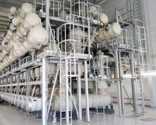 Plynem izolovaný rozváděč pro napětí 380 kV, instalovaný v rozvodně společnosti TransnetBW v obci Weier v Německu