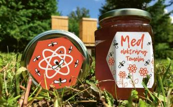 ČEZ využívá med jako netradiční dárek z prostředí jaderné elektrárny