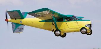 Legendární AeroCar Američana Moltena Taylora z roku 1956 létal rychlostí 120 km/h