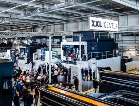 Stroje v Centru XXL vyrábějí formy o velikostech až 6 000 mm.