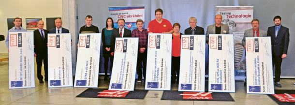 Slavnostní předání šeků na 7 500 USD školám v roce 2017, Teximp Praha
