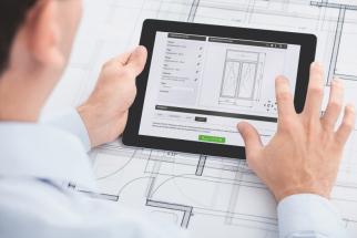 Schüco s aplikacemi SoundCal a Digital Acoustics Lab přináší dva nové nástroje k určení efektu snižování hluku okenních a fasádních jednotek.